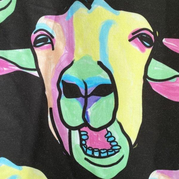 hoodie kauwende geiten
